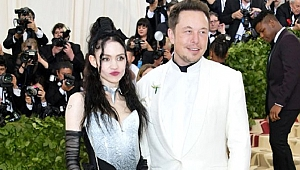Elon Musk sevgilisi Grimes'in sanat galerisinde ruhundan bir parçayı satacak
